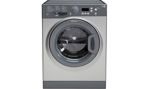The Hotpoint WMXTF 742G UK Freestanding Washing Machine