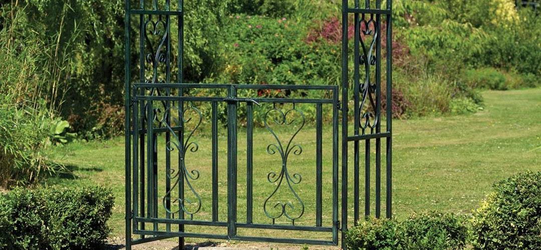 Best Garden Arch Banner Image