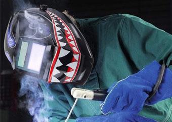8 Best Welding Helmets in 2020