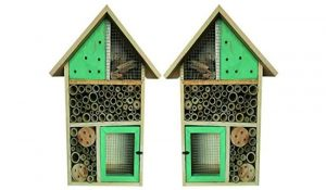 Heritage Fix On Medium Insect Wooden Hotel