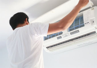 How does a Room Air Conditioner work?