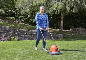 10 Best Electric Lawn Mowers in 2020