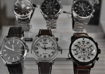 10 Best Men Wristwatches in 2020