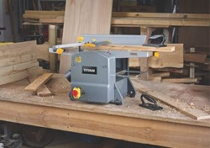 Best Planer Thicknessers Featured Image