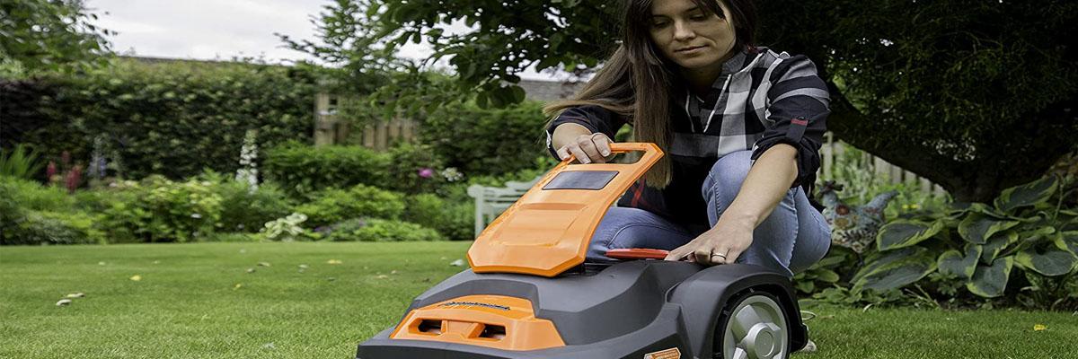 Best Robotic Lawnmowers Buyer Guide