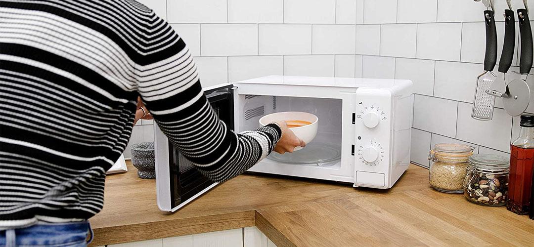Best Caravan Microwaves Banner Image